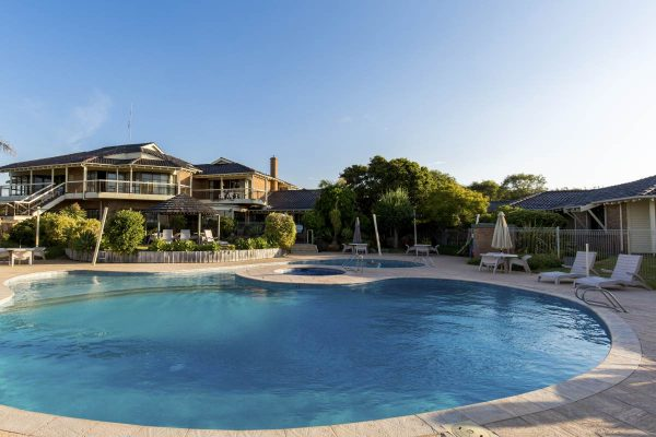 BusseltonBeachResortsmall1499045801
